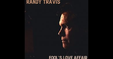 Randy Travis Takes Us Back in Time with New Music