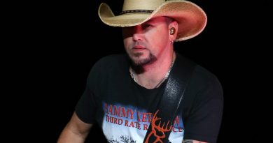 Jason Aldean Heads To Vegas For 'Back In The Saddle' Three-Night Run